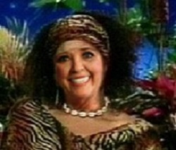 Rare photo of Paula Deen in Nigeria